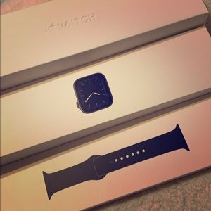 Apple Watch series 5 - brand new - black color